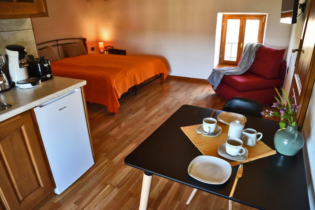 ferienhaus-10-personen-kroatien-apartment-planika